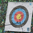 Arrow from a bow hit the target — Stock Photo #48812401