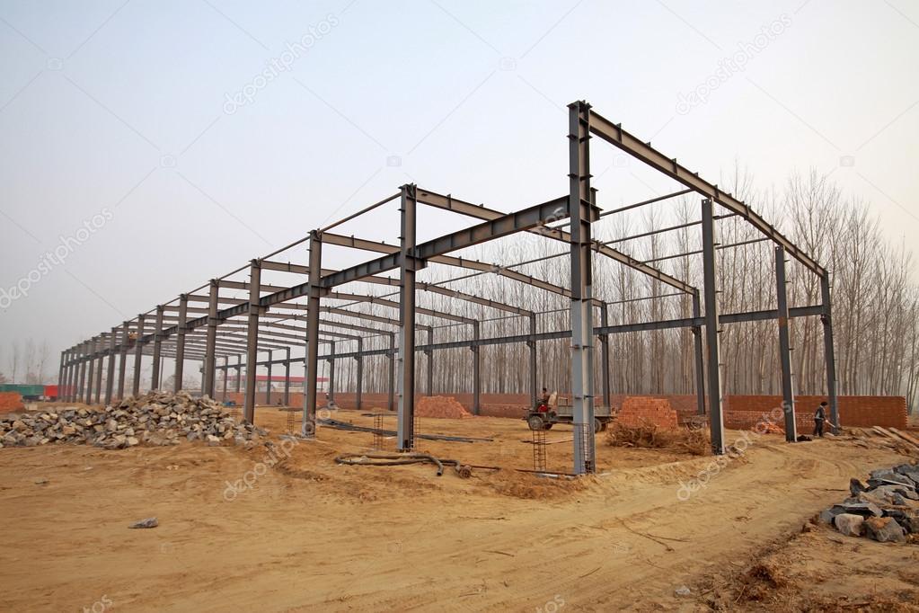 钢结构厂房和原料 — 图库照片08lnzyx#22249403