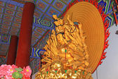 Buddism godness Guanyin statue in the hall in a temple — Stock Photo