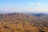 Hory a zemědělskou krajinu — Stock fotografie