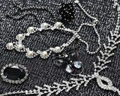 Silver  bracelets, pearl and necklaces — 图库照片