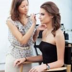 Applying eyebrow make-up — Stock Photo
