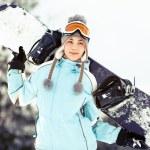 młoda kobieta z snowboardowe — Zdjęcie stockowe