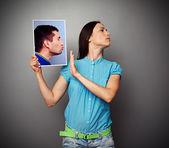 Woman refuses kissing men — Stock Photo