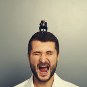 Boss screaming at big businessman — Foto de Stock