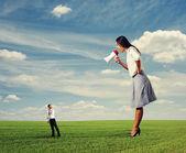 Small man going away from woman — Foto de Stock