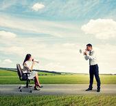 Quarrel between young man and woman — Foto de Stock