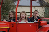 Young children on a tractor ride — Foto Stock