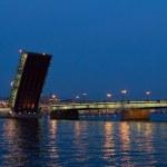 Raised Liteyny Bridge. Saint-Petersburg, Russia. — Stock Photo #37826657