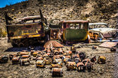 Rusty Automobiles in the Desert — Stock Photo