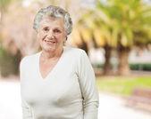 年配の女性の肖像画 — ストック写真