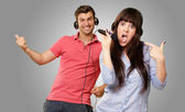 Couple Performing Song — Stock Photo