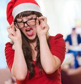 Sexig jul kvinna bär glasögon — Stockfoto
