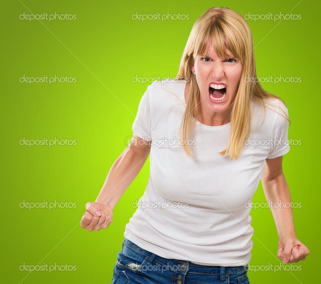 фото женщины злой