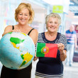 Portrait Of Two Happy Tourists — Stockfoto