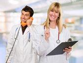 两个快乐医生的肖像 — 图库照片
