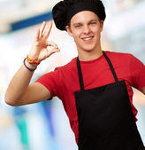 Male chef showing ok hand sign — Stock Photo