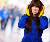 Porträtt av en ung kvinnlig arbetstagare — Stockfoto