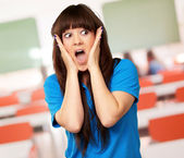 Portrait of surprised woman — Stock Photo