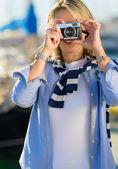 Mature Woman Capturing Photo — Stock Photo