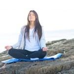 pratiquants yoga femme — Photo