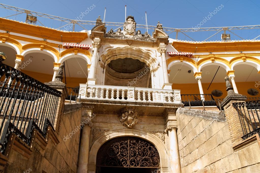 Royal balcony at Plaza de Toros de la Real Maestranza de Caballeria de Sevilla or simply Plaza de Toros of Seville is the oldest bullring in Spain. It was built in s — Stock Photo #12231102
