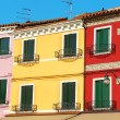 Colorful houses in a row on Burano Island, Venice, Italy — Stock Photo