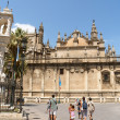 Seville Cathedral and La Giralda belltower — Stock Photo #15436797