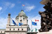 Old Post Office and monument to Samuel de Champlain — Stock Photo