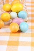 Harde suiker coating chocolade-eieren — Stockfoto