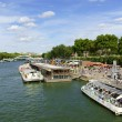 Touristic Boats on River Seine in Paris, france — Foto de Stock