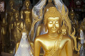 Buddha statue for sale displayed outside shop in Bangkok — Stock Photo
