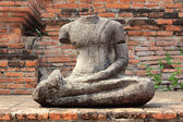 Buddha statue in ruin, Ayutthaya, Thailand — Stock Photo