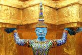 Giant boeddhabeeld in de grand palace, bangkok — Stockfoto