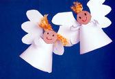 Zwei Engel aus Papier hergestellt — Stockfoto