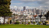 SAN FRANCISCO, USA - NOVEMBER 1, 2012: Painted Ladies in San Fra — Stock Photo