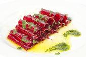 Vegetarian Beetroot Carpaccio w goat cheese and Pesto — Stock Photo