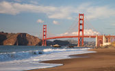 Golden Gate Bridge with the waves — Stock Photo