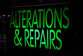 Neon Sign Alternation and Repairs — Stock Photo