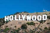 Hollywood sign on Santa Monica mountains in Los Angeles — Foto de Stock