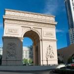 Triumph Arc on the Las Vegas Strip in Nevada — Stock Photo #24331227