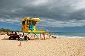 Lifeguard tower on Big beach Maui Hawaii — Stock Photo