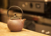 The cast-iron teapot — Stock Photo
