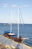 Yacht in the port of Odessa — Stok fotoğraf