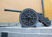 Cannon in the Kremlin — Stock Photo