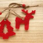 rendieren en kerstboom — Stockfoto