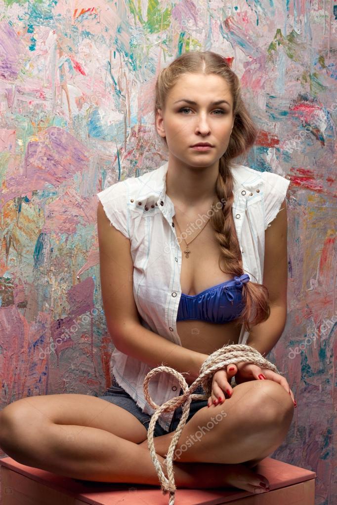 Красота связанных женщин