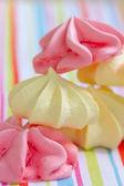 Pastel gekleurde meringue — Stockfoto