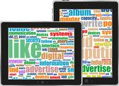 Tavoletta digitale con il concetto di tecnologia mobile tag cloud su schermo — Foto Stock