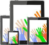 Touch tablet pc informatique moderne avec les mains — Photo